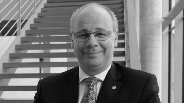 Dr. Georg Kippels