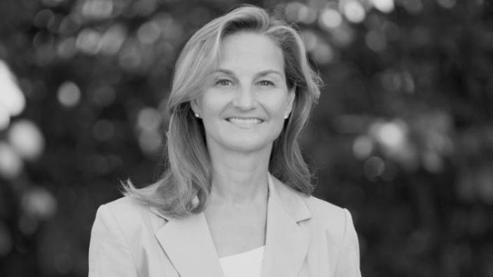 Dr. Patricia Peill